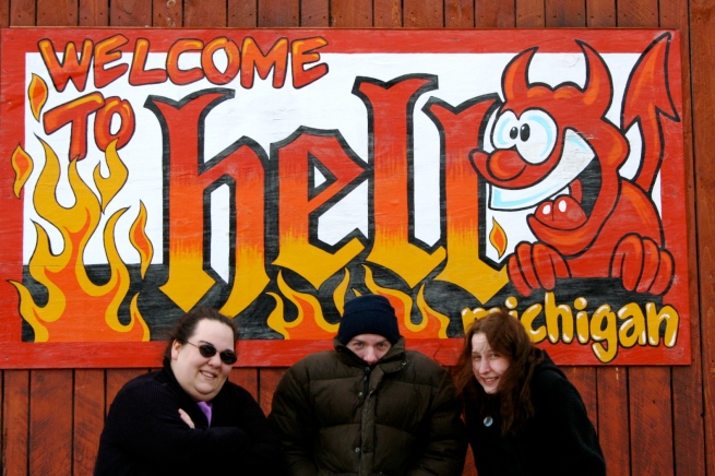 Aimée, Steve and Jenny in Hell!